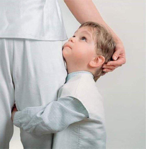 Взгляд ребенка на орущую мать