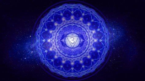 Энергетическая взаимосвязь между чакрами и болезнями